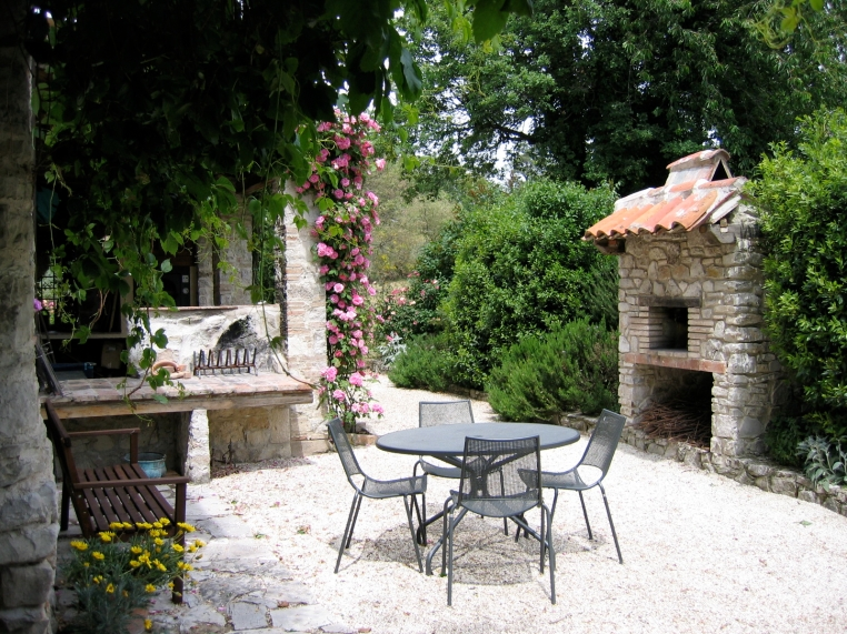Grill and Pizza Oven